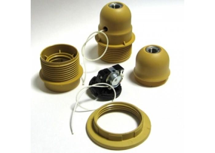 Патрон пластиковый с выключателем на шнурке