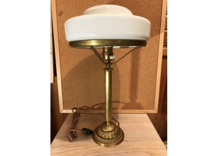 Настольная лампа с зелёным плафоном, литьё, бронза.